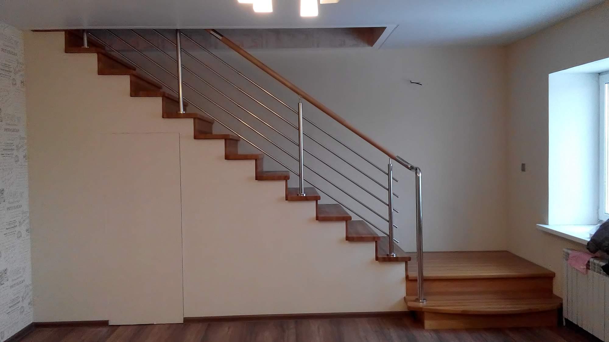 Лестницы на закрытом каркасе